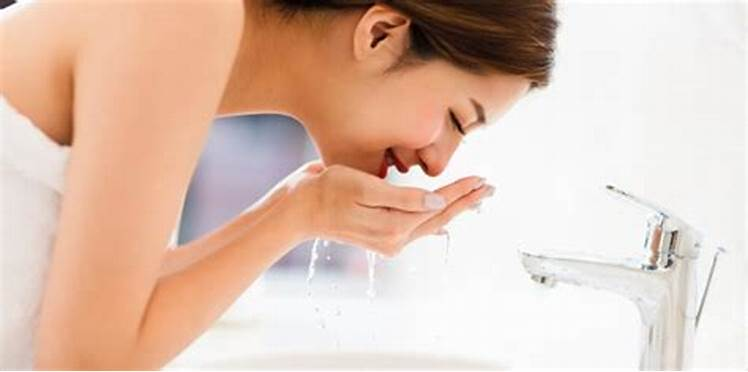 Ideal remedies for prevention and care of sensitive skin