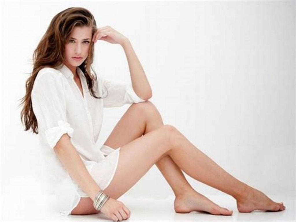 How to Get Complete Hair Free Legs in Less than 30 Minutes